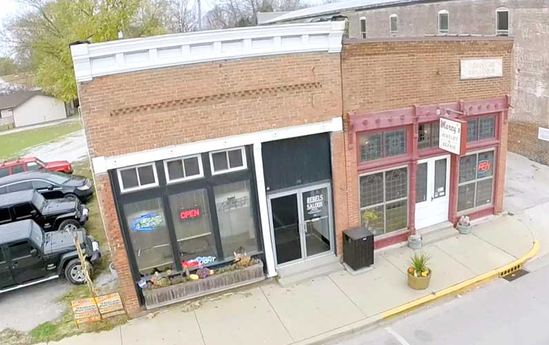 Restaurant and Bar, 54 South Main St. Cloverdale, IN – Commercial Real Estate Auction – SOLD